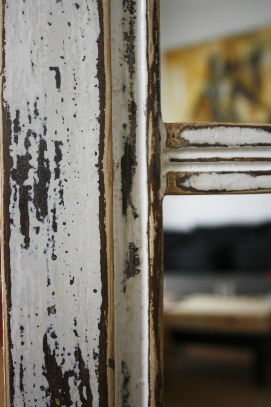 Detalle ventana envejecida | By Cousiñas